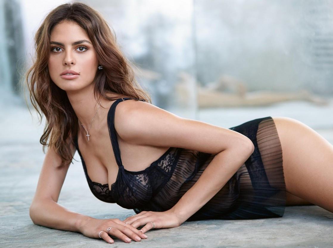 Bojana Krsmanovic Nude Photos 82