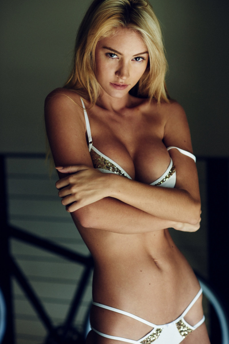 Bryana Holly: pic #812649