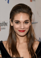 Caitlin Stasey pic #738984