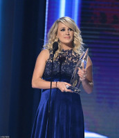 Carrie Underwood pic #1084815