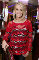 Carrie Underwood pic #898920