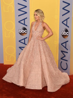 Carrie Underwood pic #890349