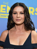 Catherine Zeta Jones pic #1030298