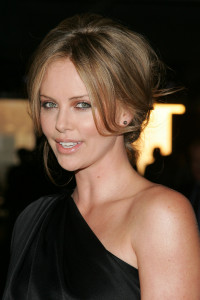 photo 3 in Charlize Theron gallery [id198238] 2009-11-10