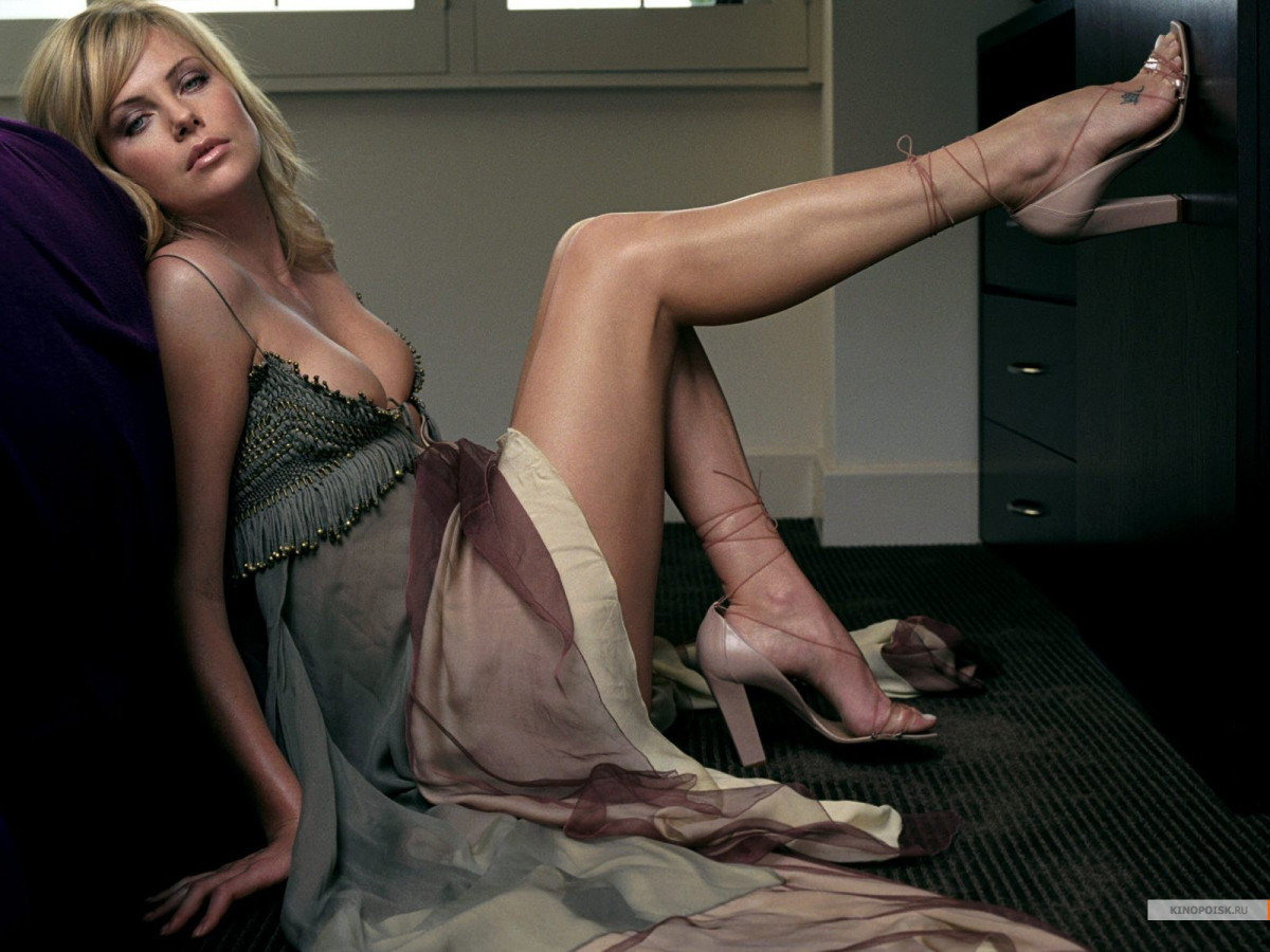 Charlize Theron: pic #174291