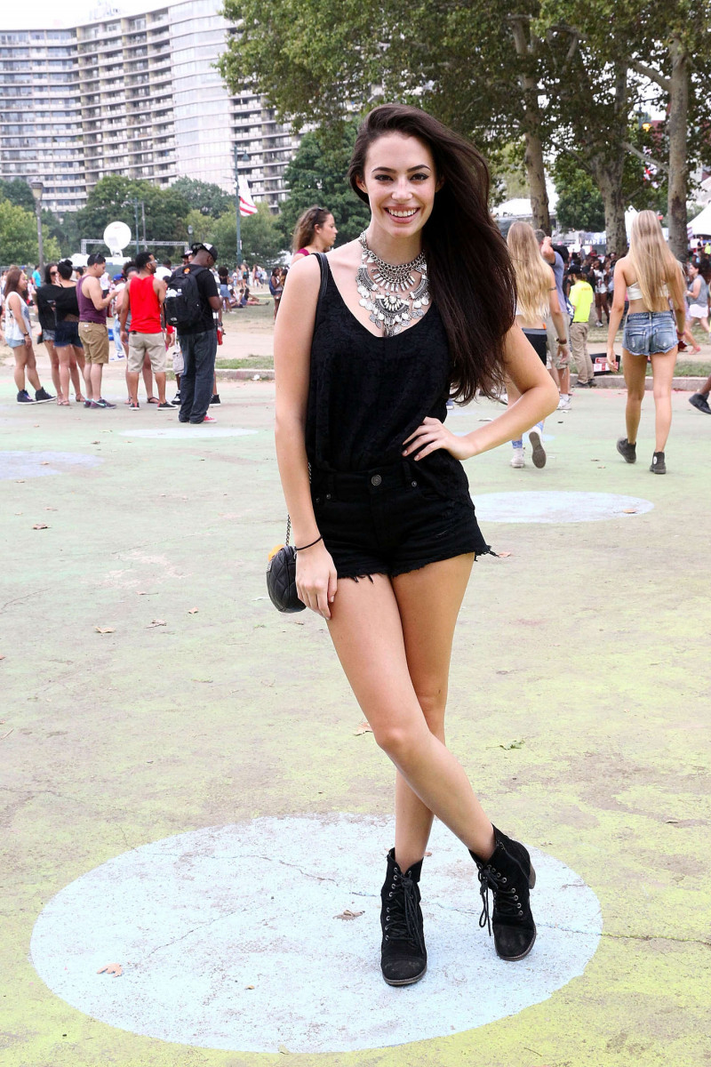 Chloe Bridges: pic #1020204