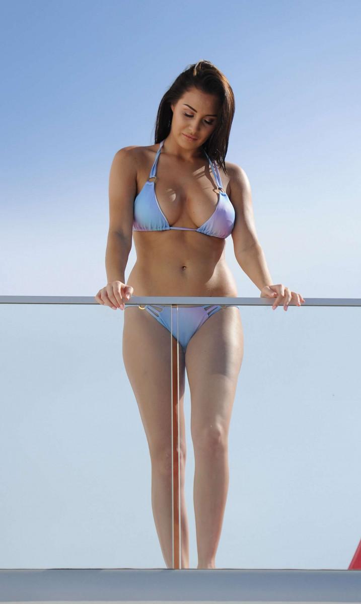 Ariana grande niple nude