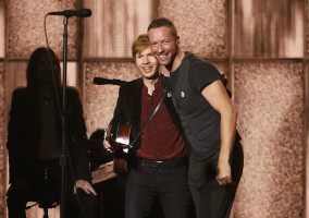 Chris Martin pic #1069331