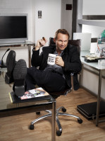 photo 5 in Christian Slater gallery [id431890] 2011-12-21