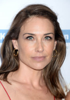 Claire Forlani pic #940239