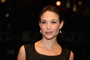 Claire Forlani pic #144240