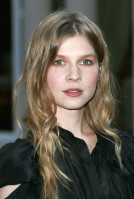 photo 5 in Clemence Poesy gallery [id205847] 2009-11-27