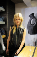 photo 13 in Clemence Poesy gallery [id428166] 2011-12-09