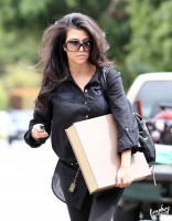 photo 5 in Kardashian gallery [id254933] 2010-05-07