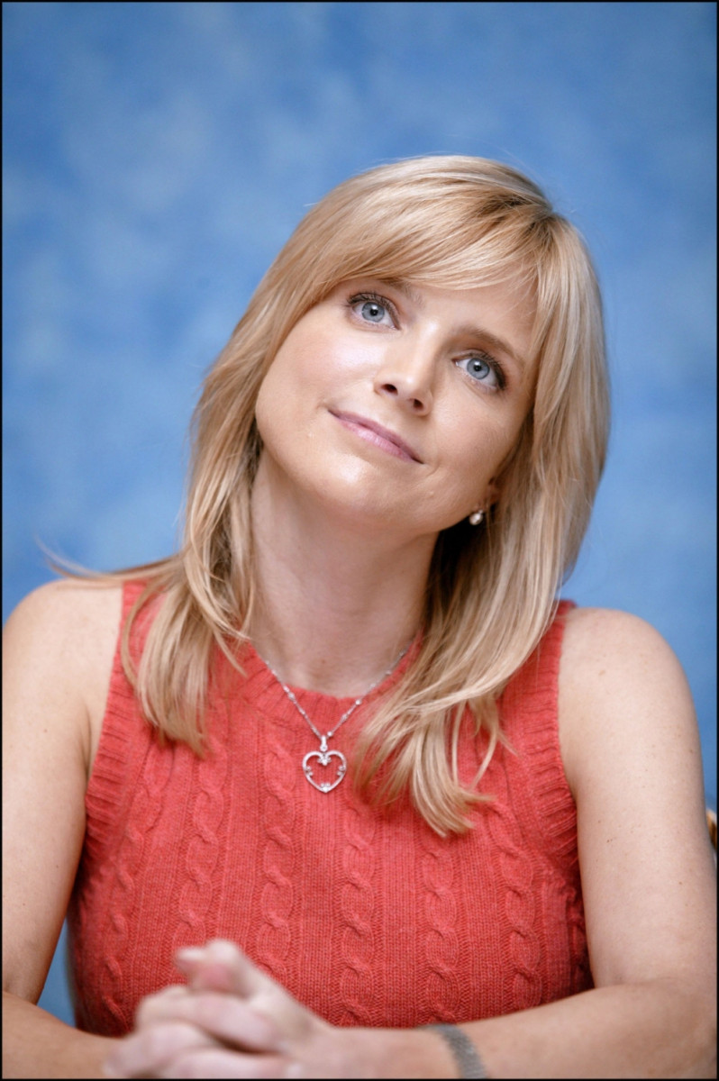 Courtney Thorne-Smith: pic #282063