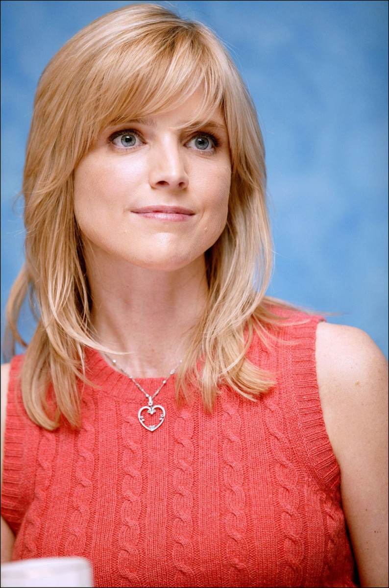 Courtney Thorne-Smith: pic #282060