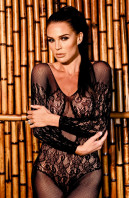 photo 4 in Danielle Lloyd gallery [id1197345] 2019-12-31
