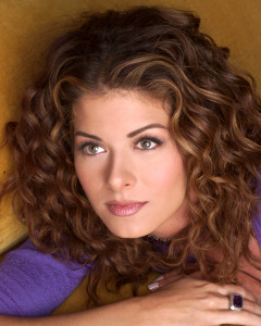 Debra Messing pic #18765