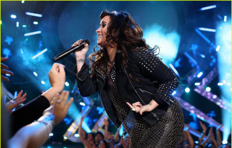 photo 5 in Lovato gallery [id563131] 2012-12-26