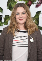 Drew Barrymore pic #1003668