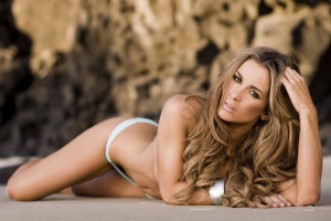 Ellie Gonsalves pic #817302
