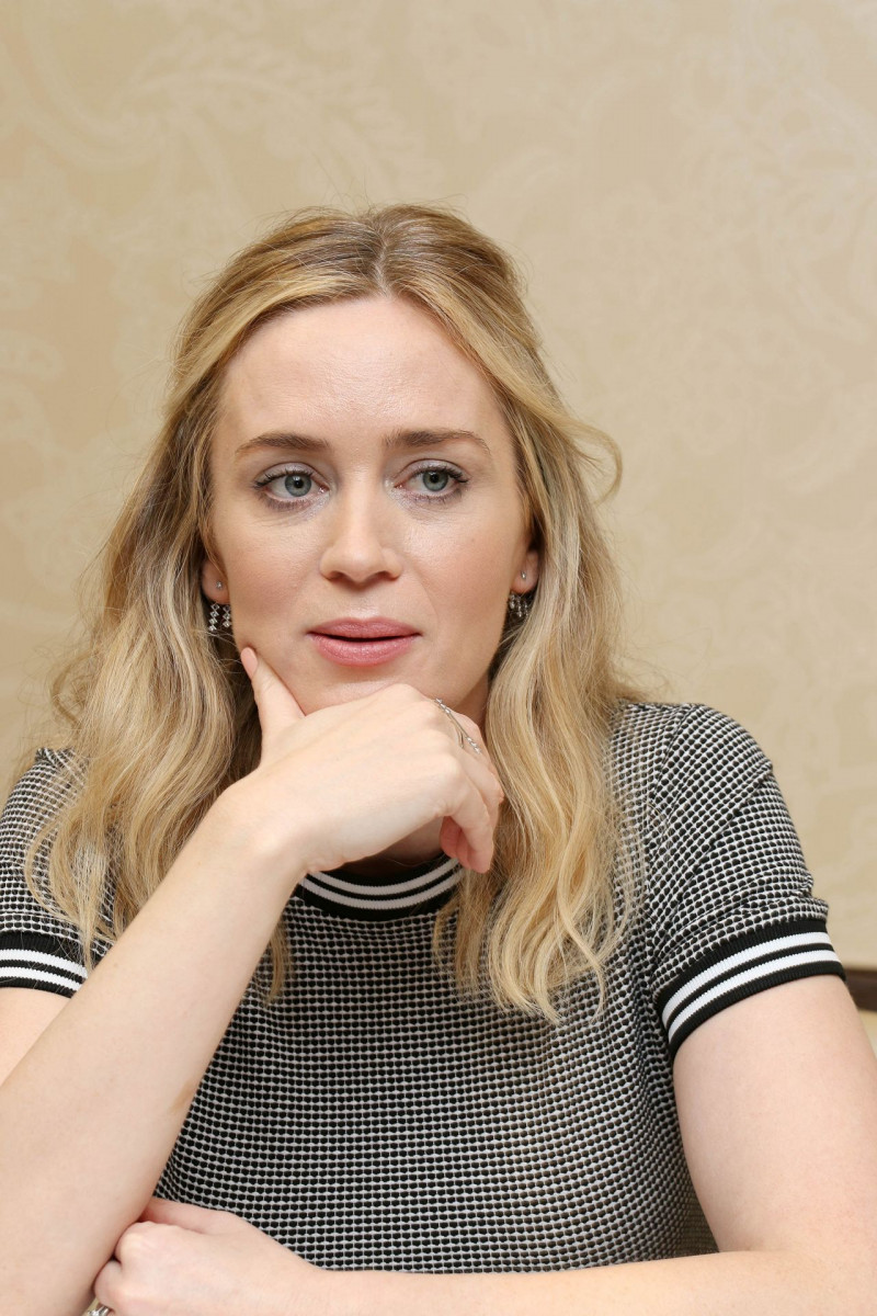 Emily Blunt: pic #1020522