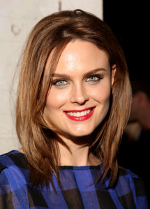 photo 3 in Emily Deschanel gallery [id227378] 2010-01-18