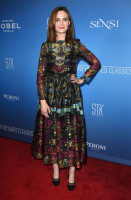 Emily Deschanel pic #1110354