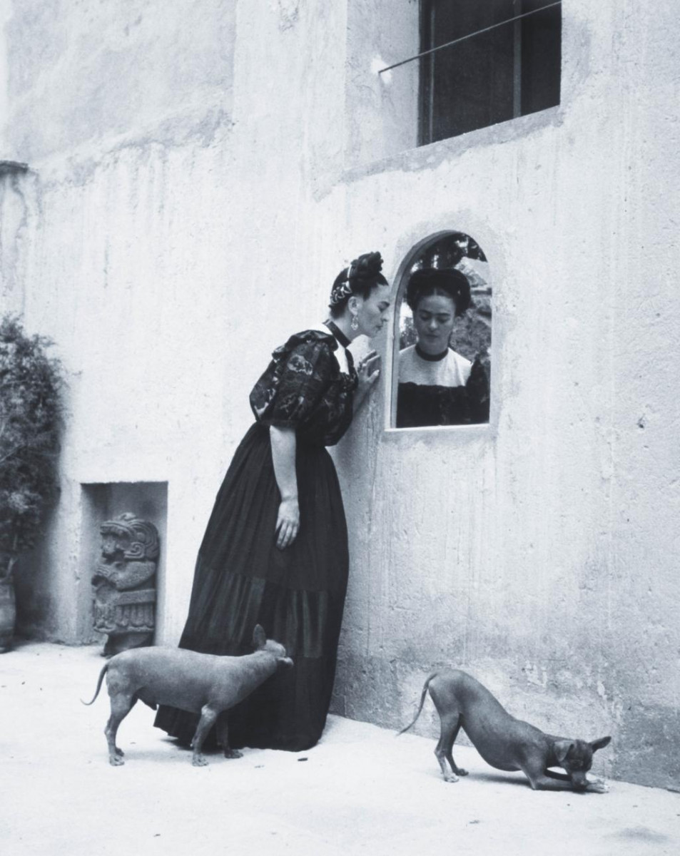 Frida Kahlo Photo 9 Of 14 Pics Wallpaper Photo ThePlace2
