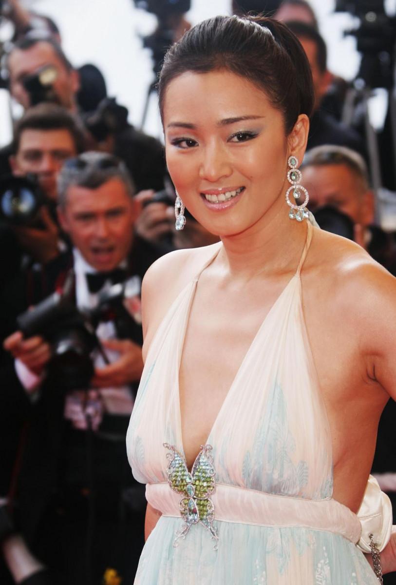 Sexy gong li Actress Gong