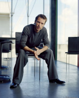 Guy Pearce pic #215492