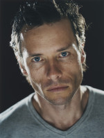 Guy Pearce pic #234017