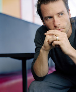 Guy Pearce pic #215450