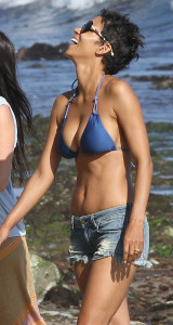Halle Berry pic #533911
