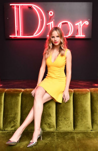 photo 5 in Halston Sage gallery [id908615] 2017-02-13