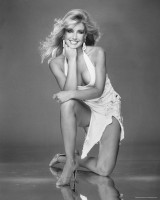 Heather Thomas pic #737345