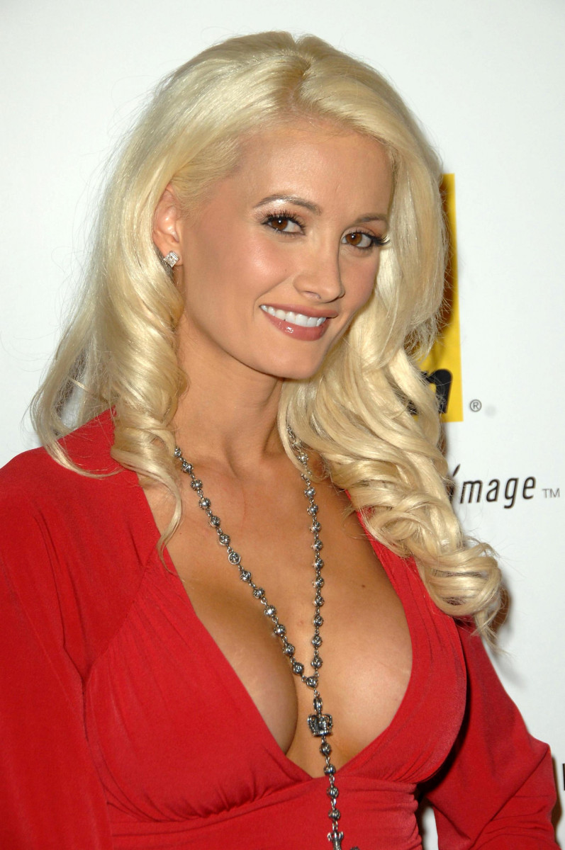 Holly Madison Photo 85 Of 390 Pics Wallpaper Photo 217414 Theplace2