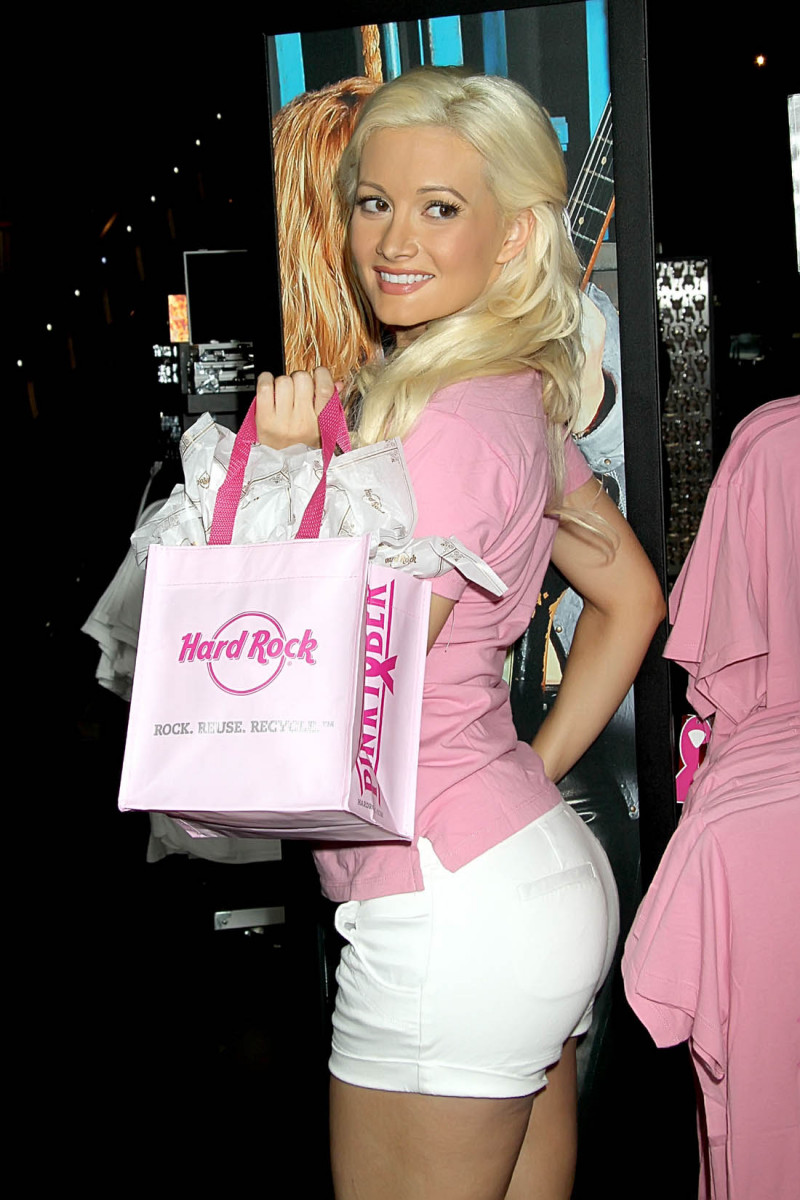 Holly Madison Pic 293727