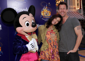 James Denton pic #421515