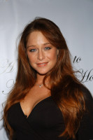 Jamie Luner photo #