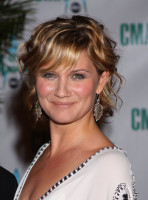 Jennifer Nettles photo #