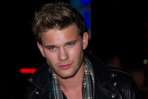 photo 28 in Jeremy Irvine gallery [id745801] 2014-12-05