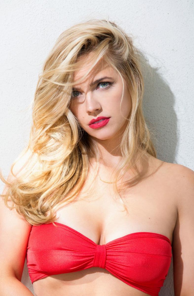 Jessica Barth nude (98 photo), Sexy, Bikini, Feet, see through 2006