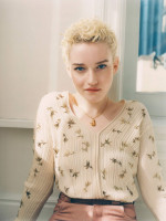 photo 9 in Julia Garner gallery [id1210206] 2020-04-05