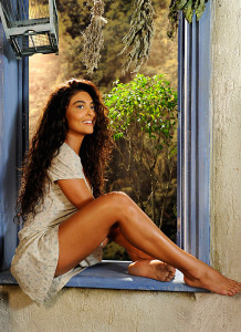 Juliana Paes pic #502551