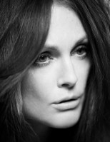 Julianne Moore pic #211981