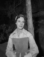 Julie Andrews pic #357966