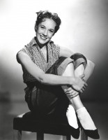 Julie Andrews pic #357854