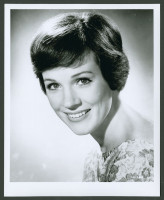 Julie Andrews pic #357913