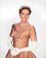 Julie Andrews pic #357835